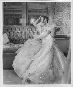 """Jeanette MacDonald publicity still for """"Maytime"""""""