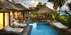 Hilton Labriz Resort & Spa * * * * * Mytravelchic vous propose de vivre une expérience proche du nirvana dans un hôtel d'exception sur un petit bout de paradis : les Seychelles. Le luxueux hôtel Hilton Seychelles Labriz Resort & Spa se trouve sur une plage immaculée, entouré de la faune et flore tropicales de l'éblouissante île Silhouette, dans l'archipel des Seychelles… Croyez nous, vous allez adorer.