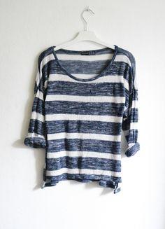 Kup mój przedmiot na #vintedpl http://www.vinted.pl/damska-odziez/swetry-z-dzianiny/9353381-sweter-sweterek-w-pasy-paski-marynarski-granatowy-luzny-oversize-letni-cienki-cieniutki
