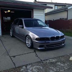 #BMW_E39 #Stance #Slammed