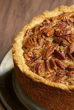 Deep Dish Pecan Pie is a big, tall, impressive dessert! #desserts