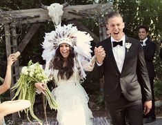 That Indian headdress is just too much fun! I kind of really love it! Outdoor Bohemian Wedding - Inspired By This
