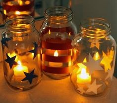 DIY Liberty Luminaries, cute mason jars with tea lights make a great Fourth of July craft you can do with the kids! It doubles as an adorable decoration you can bring out every Independence Day. Easy, affordable, and adorable. my kind of craft! Mason Jar Projects, Mason Jar Crafts, Mason Jar Diy, Patriotic Crafts, July Crafts, Holiday Crafts, 4th Of July Party, Fourth Of July, Luminaria Diy