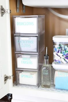 Home Organization- How to Organize Under the Kitchen Sink Kitchen Organization Organized Kitchen organized cleaning supplies organizing underneath the sink cabinet organization organized organizing decluttering Organisation Hacks, Small Kitchen Organization, Diy Kitchen Storage, Bathroom Organization, Organized Kitchen, Organizing Tips, Makeup Organization, Smart Kitchen, Organized Office