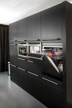 Kitchen reno, kitchen cabinet design, new kitchen, kitchen interior, kitche Modern Kitchen Interiors, Luxury Kitchen Design, Kitchen Room Design, Best Kitchen Designs, Kitchen Cabinet Design, Interior Design Kitchen, Kitchen Contemporary, Kitchen Modern, Black Kitchen Decor
