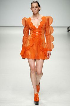 Christopher Kane | Spring 2009 Ready-to-Wear Collection | Style.com