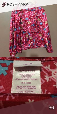 2 piece pj set girls size 14/16 Super soft pj set pants and long sleeve button up great shape cute print same as juniors xs or small Other