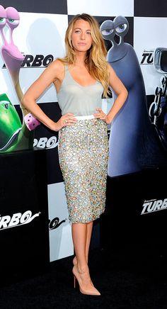 Blake Lively asiste a la premiere de 'Turbo' en Nueva York el 9 de julio en un un look de Burberry Resort 2014.