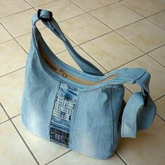 Shoulder bag Blue denim satchel Women's bag Denim patchwork pouch Recycled jeans Gift for a girl /woman Casual bag Eco friendly Upcycled Jeans Recycling, Recycle Jeans, Denim Backpack, Denim Purse, Fabric Handbags, Fabric Bags, Jean Purses, Hippie Bags, Denim Crafts