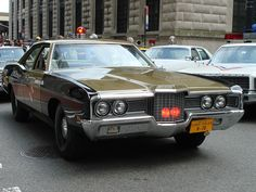 NYC - Vintage Police Car Show | Flickr - Photo Sharing! Old Police Cars, Ford Police, Police Patrol, State Police, Rescue Vehicles, Police Vehicles, Radios, Law Enforcement Officer, Ford Galaxie
