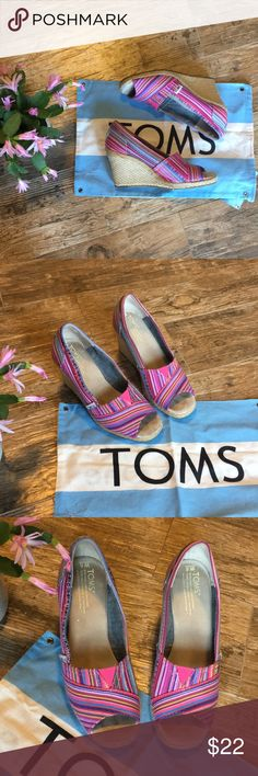🌻 TOMS Peep Toe Wedges Peep toe wedges in Hot Pink Toms Shoes Wedges