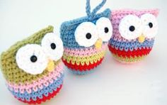 Top 10 Free Christmas Crochet Patterns from Ravelry: Crochet Owl Ornament