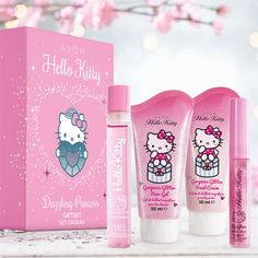 This set contains: Hello Kitty fruity EDC spritz Hello Kitty glitter hair gel. Hello Kitty Bathroom, Hello Kitty House, Hello Kitty Makeup, Hello Kitty Themes, Hello Kitty Merchandise, Daddys Little Princess, Princess Gifts, Baby Alive Dolls, Hello Kitty Collection