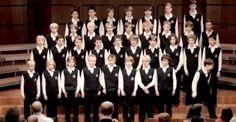 Un coro infantil con un mensaje oculto que el público nunca podrá olvidar