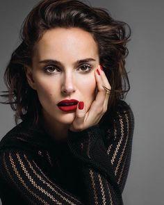 Natalie Portman #natalieportman #portman #beautiful #talented #stars #star #popular #girl #rich #famous #celebrities