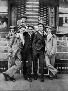 Philadelphia 1925, teen boys in young mens suits