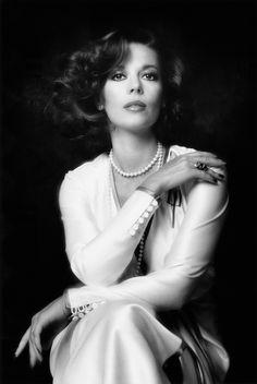 Natalie Wood  Michael Childers      1974