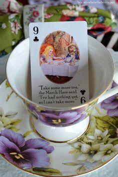 Alice in Wonderland inspired table for Valentine's Day | homeiswheretheboatis.net #tea