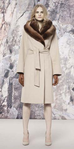 Wool Coat with double mink collar - Cinzia Rocca