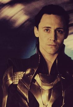 tom hiddleston-I have a huge crush on this guy.