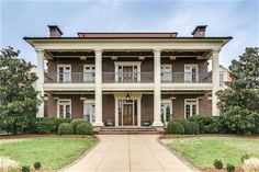 Find Nashville luxury homes for sale here with the most accurate MLS feed of new listings in the Nashville and Franklin area call Larry Brewer Franklin Homes, Carlisle, Nashville, Luxury Homes, Real Estate, Mansions, House Styles, House Ideas, Home Decor