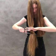 Long To Short Hair, Long Hair With Bangs, Super Long Hair, Long Hair Cuts, Short Hair Styles, Hair Cutting Videos, Cutting Hair, Tomboy Hairstyles, Hairstyles With Bangs