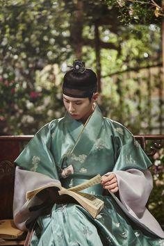Moonlight Drawn By Clouds  구름이 그린 달빛 한복 #hanbok
