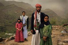 Child brides in Jemen. //Photgraphed by Stephanie Sinclair.