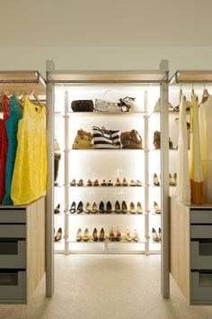 Extremely Versatile Walk-in #Closet: #DRESSWALL by ANYWAYdoors