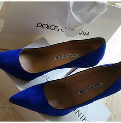 Electric blue shoes! Love them!