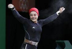 La egipcia Sara Ahmed celebra durante la competencia de levantamiento de pesas 69kg de mujeres en los Juegos Olímpicos de Río 2016. Visite nuestra página y sea parte de nuestra conversación: http://www.namnewsnetwork.org/v3/spanish/index.php #nnn #bernama #malasia #malaysia #kl #rio #olympics #olimpiadas #boleh #deportes #sports #pics #fotos #noticias #news #medalla #pesas