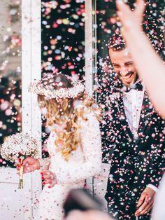 Die 8 Besten Bilder Von Blumen Streuen Florals Getting Married