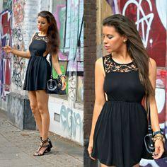 Zara Dress, H Sandals, Supertrash Bag #CutOut