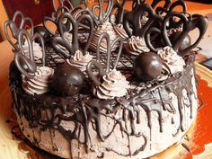 mozart torta díszítve Nutella Cake, Chocolate Cake, Creative Cakes, Macaroons, Quick Meals, Cookie Recipes, Tart, Cake Pops, Birthday Cake