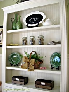 DIY Vintage Crate... Summer Reading Station Tutorial | Uncommon#.T8klLL_4PFw