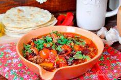 Чили кон карне с помидорами черри и красной фасолью