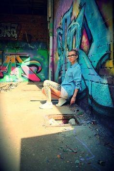 www.nanikaroliina.com / Street Fashion Street Art, Street Style, Street Fashion, Painting, Urban Apparel, Painting Art, Street Style Fashion, Paintings, Street Styles