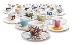 The illy Art Collection: an exhibition of 286 espresso coffee cups . An exhibition of 286 espresso coffee cups designed by well-known artists. Coffee Cup Art, Coffee Cup Design, Coffee Love, Best Coffee, Expresso Coffee, Espresso Cups, Coffee Shops, How To Order Coffee, Coffee Packaging