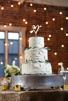 cake table gold sequin tablecloth