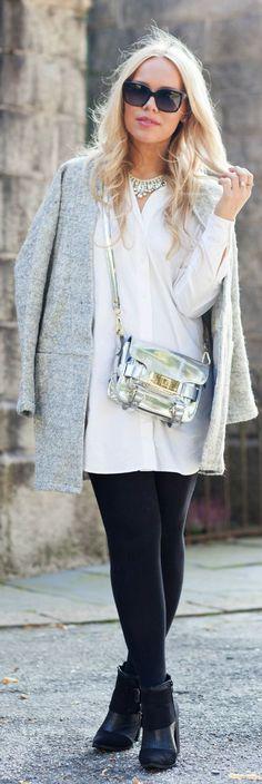 Silver Metallic Leather Crossbody Bag by Stylista