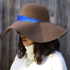 Feather Sun Hat | 41 Amazing Free People-Inspired DIYs