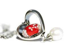 In Your Heart -- a fantastic addition to your fantasy necklace or bracelet.  Adorn In Your Heart with your favorite bead!