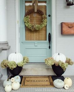 caught my eye : Beth's porch!! follow her @homestoriesatoz for gorgeous fall inspiration