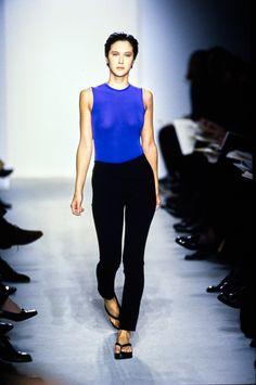 Calvin Klein Collection Spring 1997 Ready-to-Wear Fashion Show - Natane Boudreau