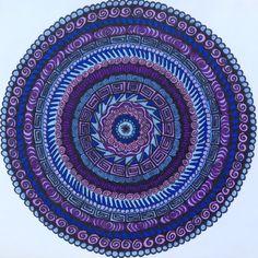 ⊰❁⊱ Mandala ⊰❁⊱ Blue/violet mandala by Laurie Allen