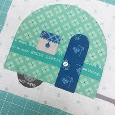 Hello again:)   Its time for another episode of the   Bee Happy Sew Along         Last weeks tutorials   finished up the first row i...