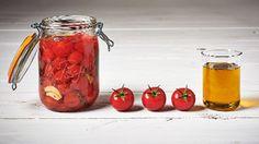 Conserves maison - Petites tomates à l'huile d'olive