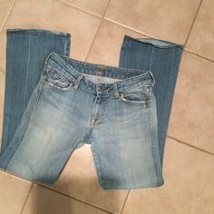 Seven jeans Only flaw is in last pic on bottom of jeans Seven7 Jeans Boot Cut