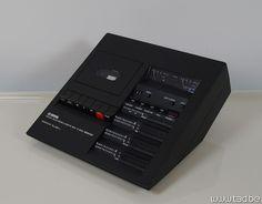 Yamaha TC-800GL cassette deck, design by Mario Bellini in 1974