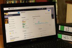 Auf einem Laptop geöffnete Seite von GradeView.de, einem Portal, auf dem Studenten ihre Noten verwalten und mit Kommilitonen vergleichen können.